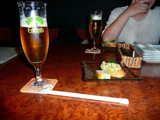 とりあえずビールで乾杯しっちゃった。
