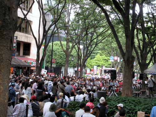 jf 定禅寺通り 観衆
